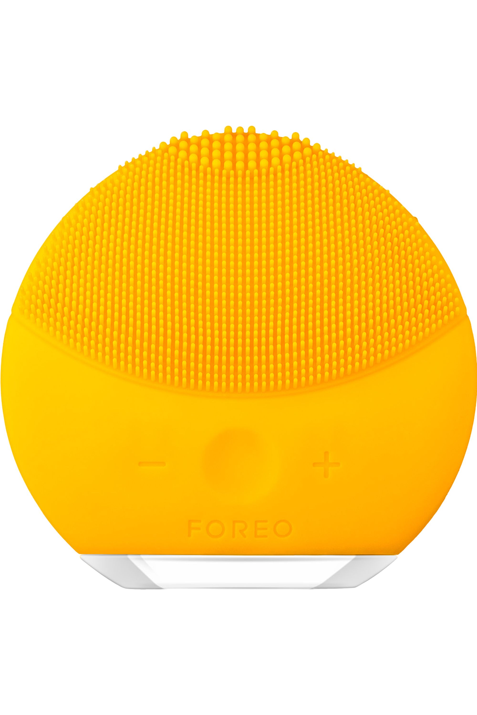 Blissim : Foreo - Brosse nettoyante visage LUNA™ mini 2 - Sunflower Yellow