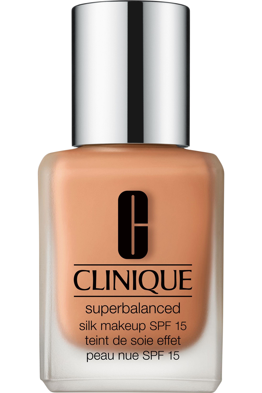 Blissim : Clinique - Fond de teint peau nue Superbalanced Silk SPF15 - 11 Silk Sunny Beige