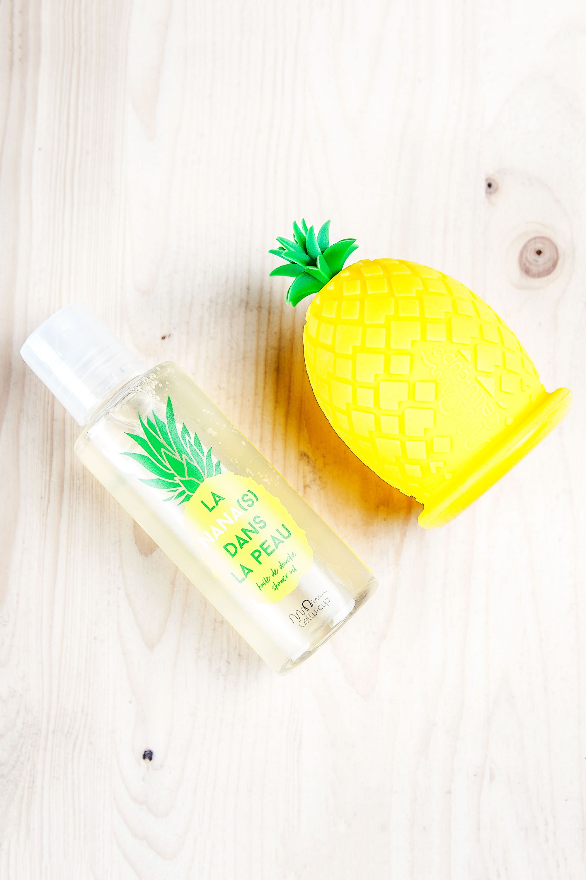 Blissim : Cellu-Cup - Duo cellu-cup ananas + huile de douche - Duo cellu-cup ananas + huile de douche
